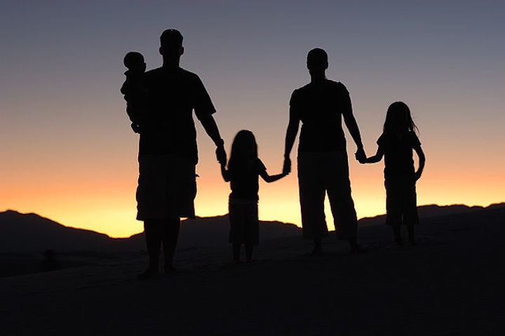 640px-Family_Portrait_